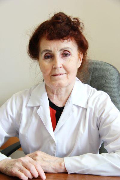В краевой клинической больнице проводится эндоваскулярное протезирование аортального клапана, Красноярск